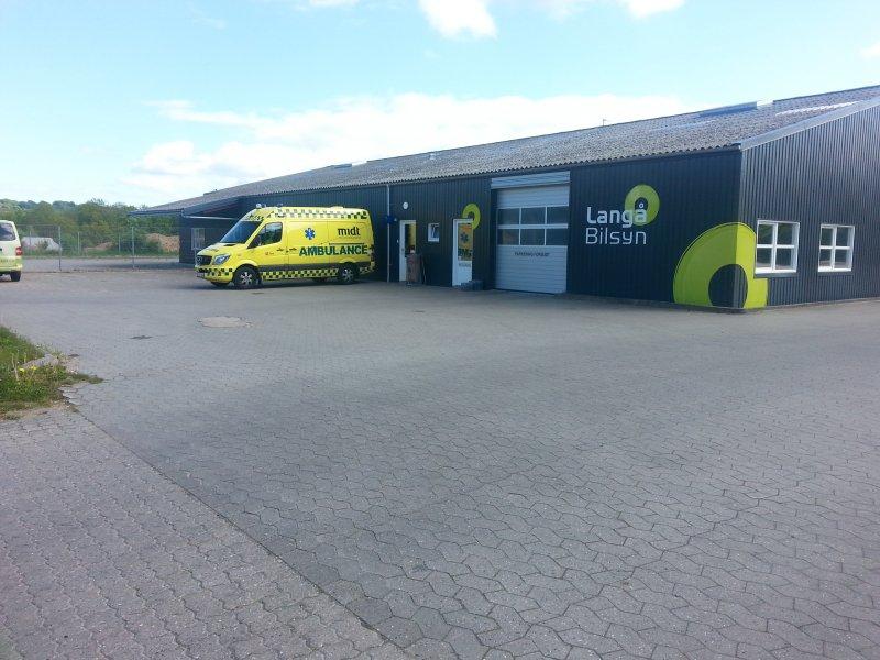 ambulance-langaa
