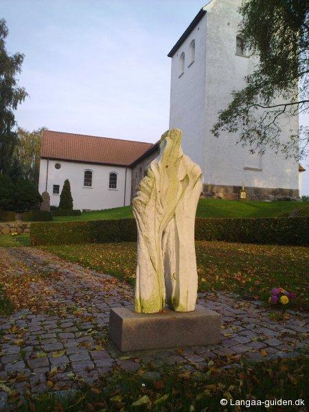 skulptur-langaa-kirke
